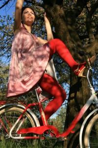 """""""Piknik""""; modelka: Emilia Klimczak; make-up i stylizacja: moje"""